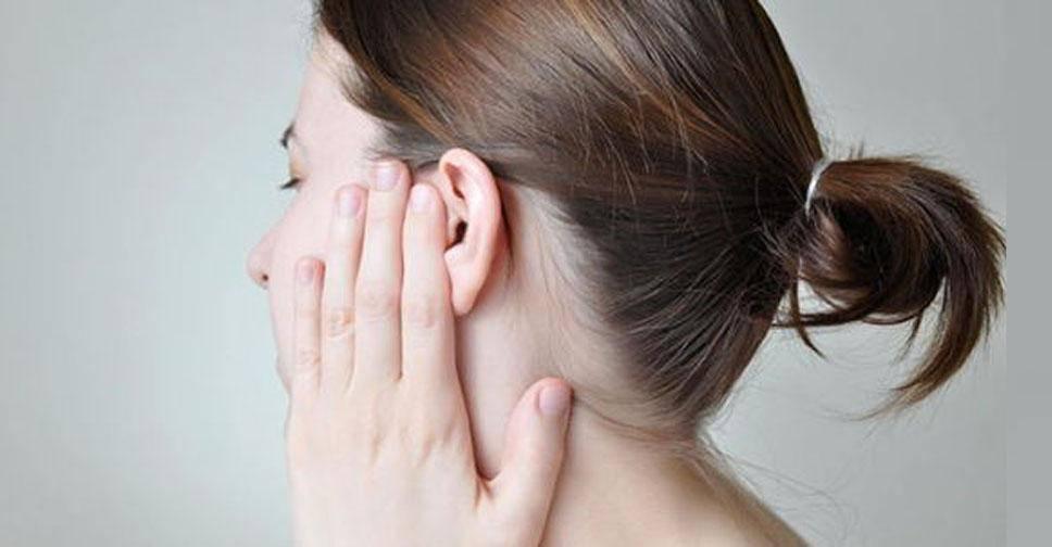 аллергический дерматит в ухе