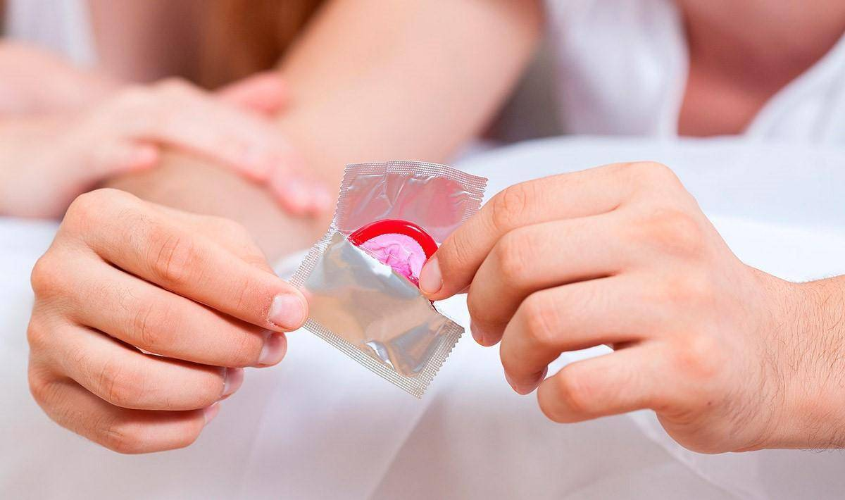 Генитальный герпес –  причины и симптомы заболевания, методы лечения, народные средства. как лечить герпес при беременности, у детей?