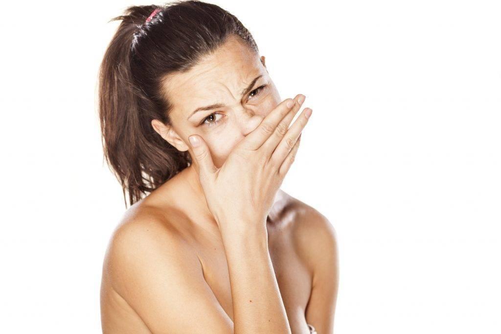 постоянно чешется нос