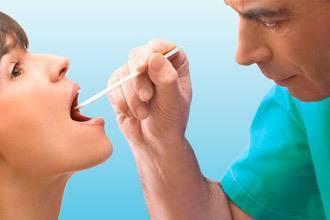 Почему появляется колющая боль в горле?