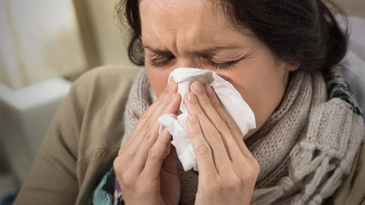Симптомы и лечение стафилококка в горле, чем опасен, как передается?