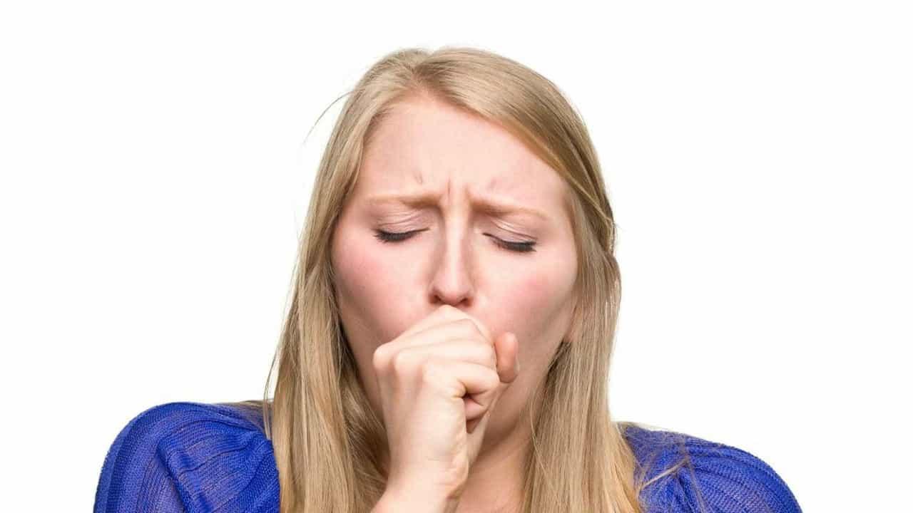 Как быстро избавиться от горлового кашля?