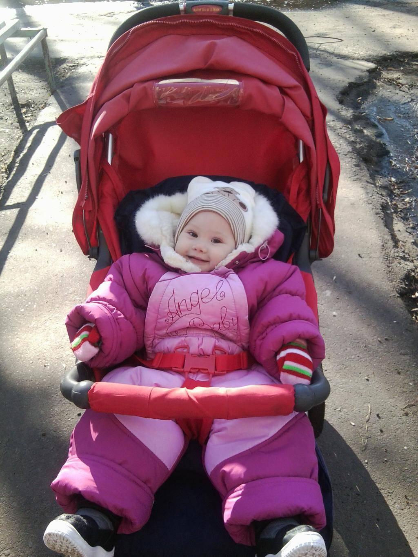 комаровский можно ли гулять с ребенком при насморке