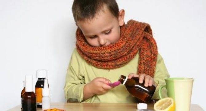 Лающий кашель у ребенка с температурой чем лечить в домашних условиях