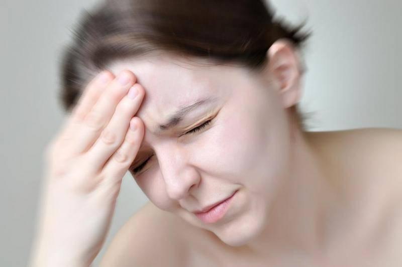 Боль в переносице без насморка: в чём причина?