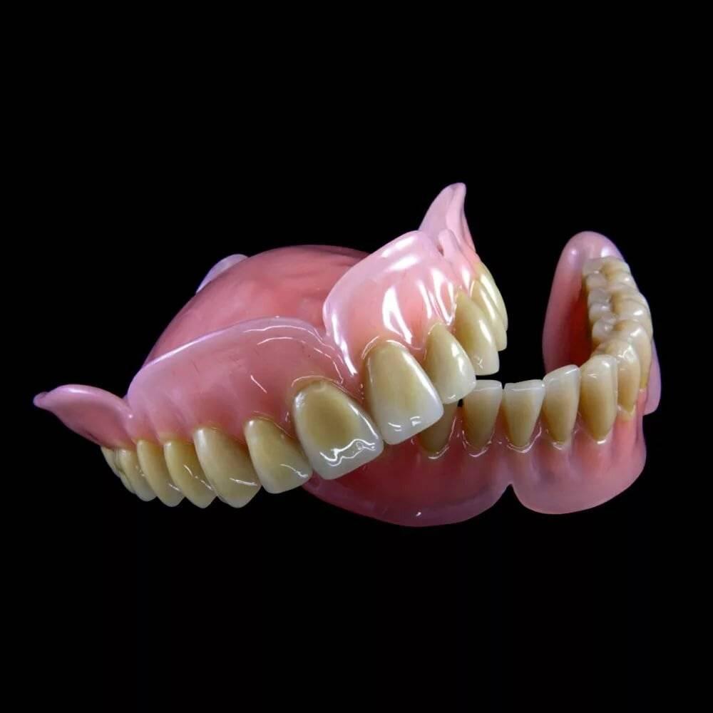 съемный протез на один зуб