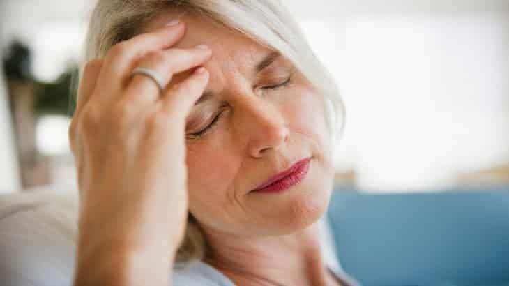 Когда закладывает уши – это высокое давление или низкое?