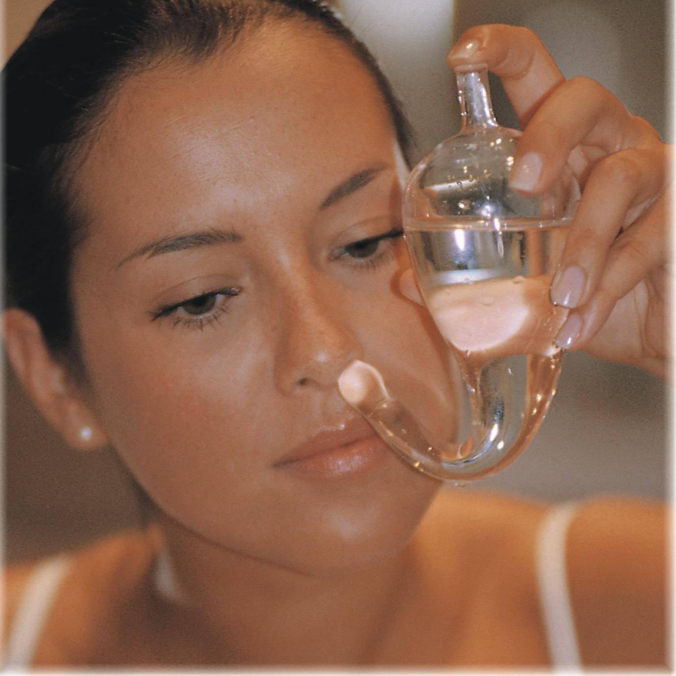Морская соль для промывания носа — пропорции раствора и техника проведения процедуры