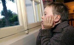 Можно ли гулять при лечении коньюктивита у детей