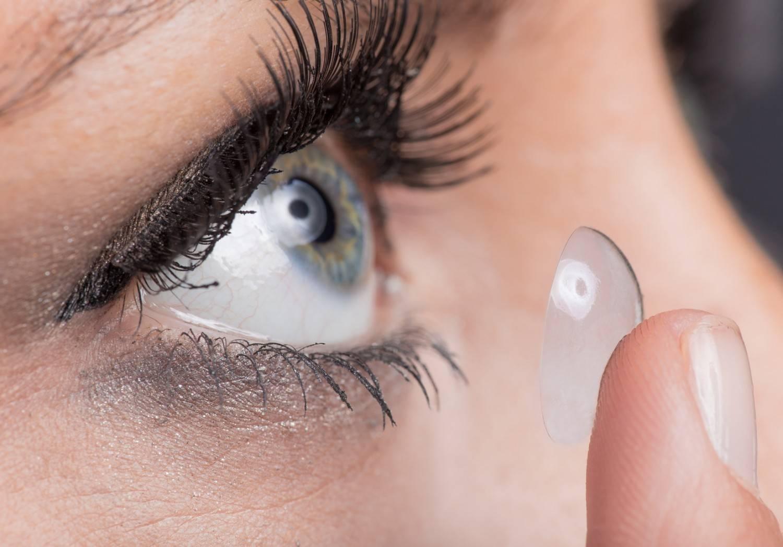 Как правильно ухаживать за контактными линзами