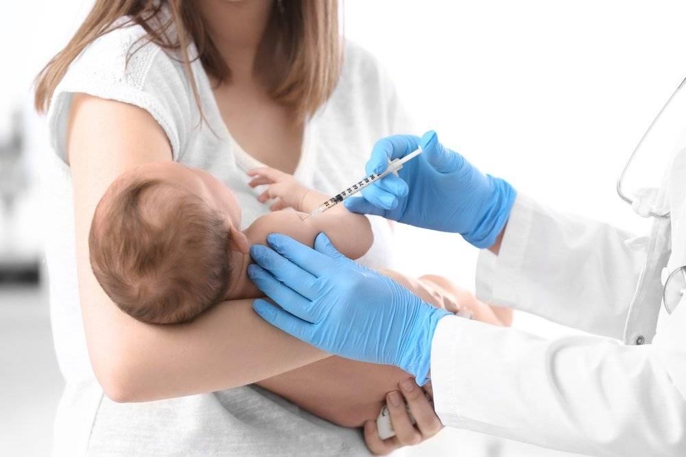 Прививка от гепатита б новорожденным: реакция на вакцину, противопоказания и побочные действия