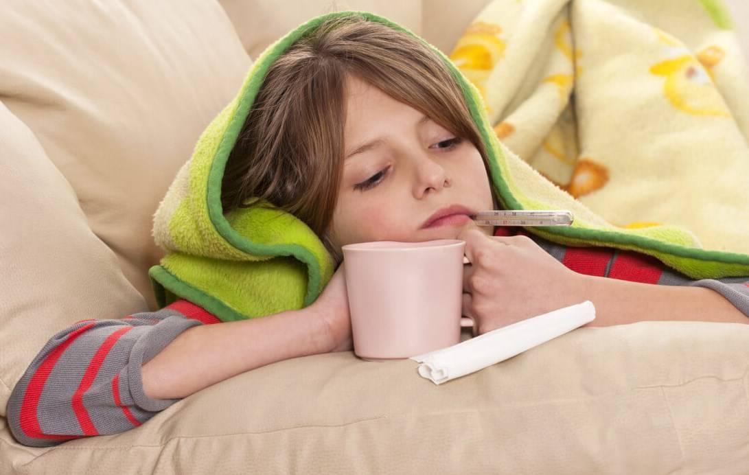 Температура 37 держится неделю причины кашель и насморк