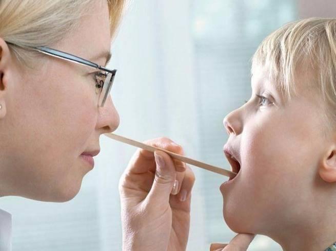 острый ринофарингит у детей