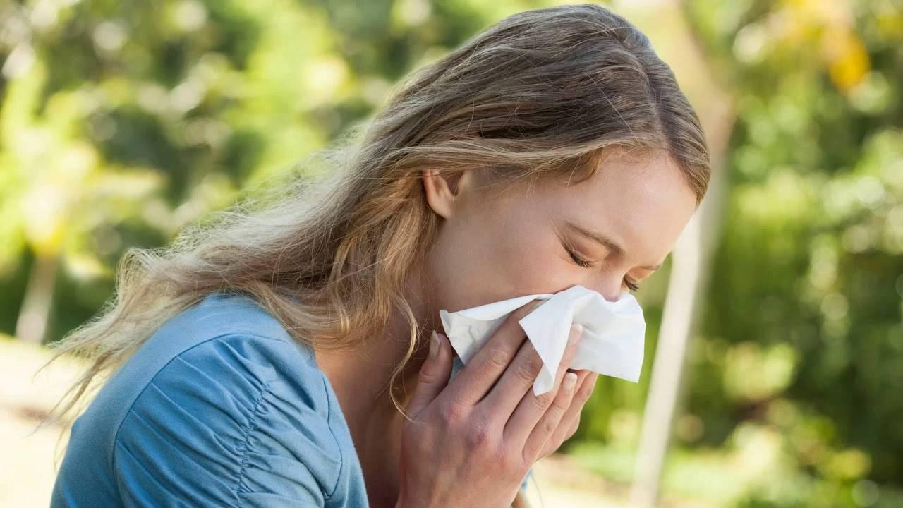 сухой аллергический кашель у взрослого