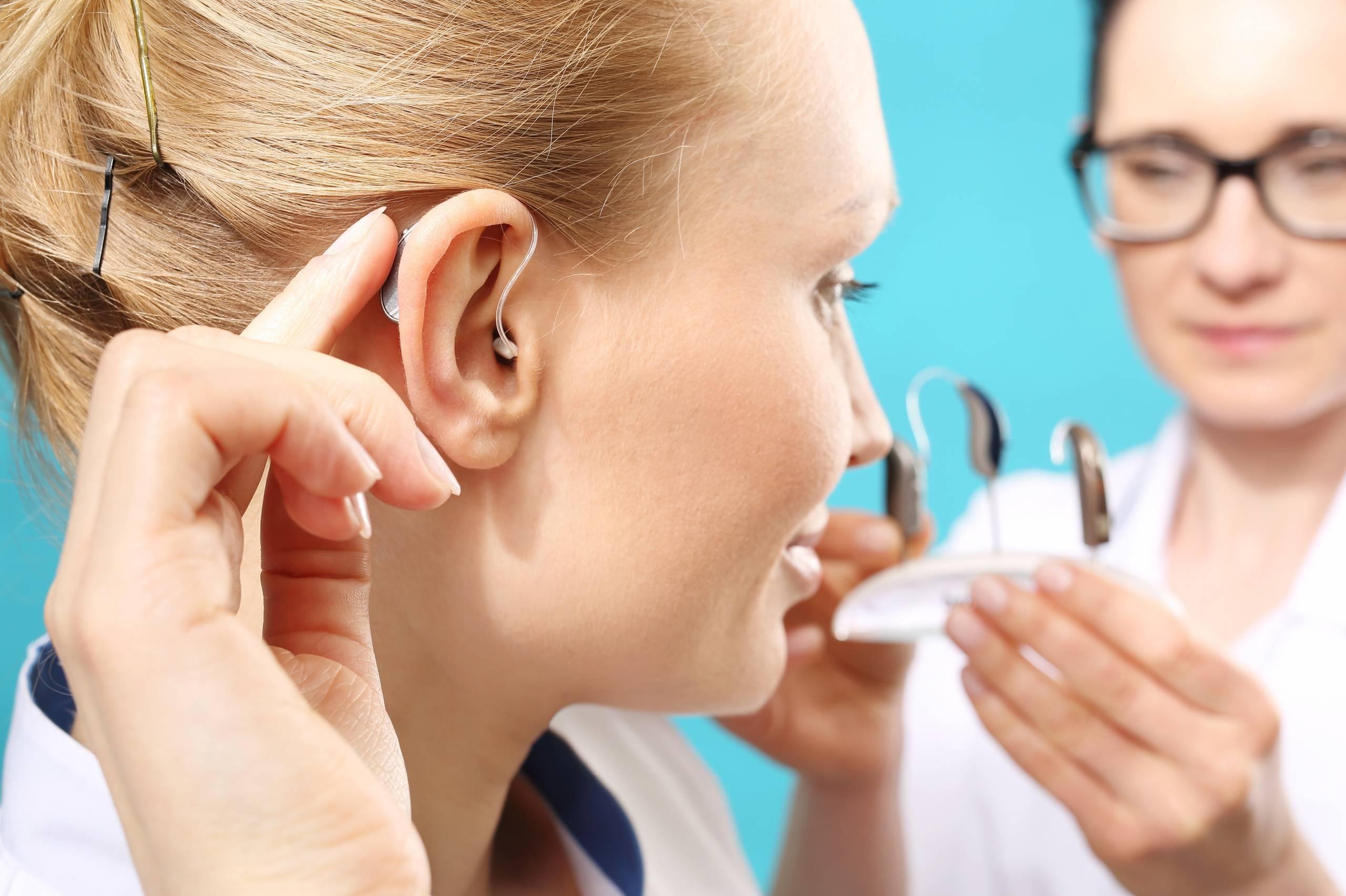 что делать если не слышит одно ухо