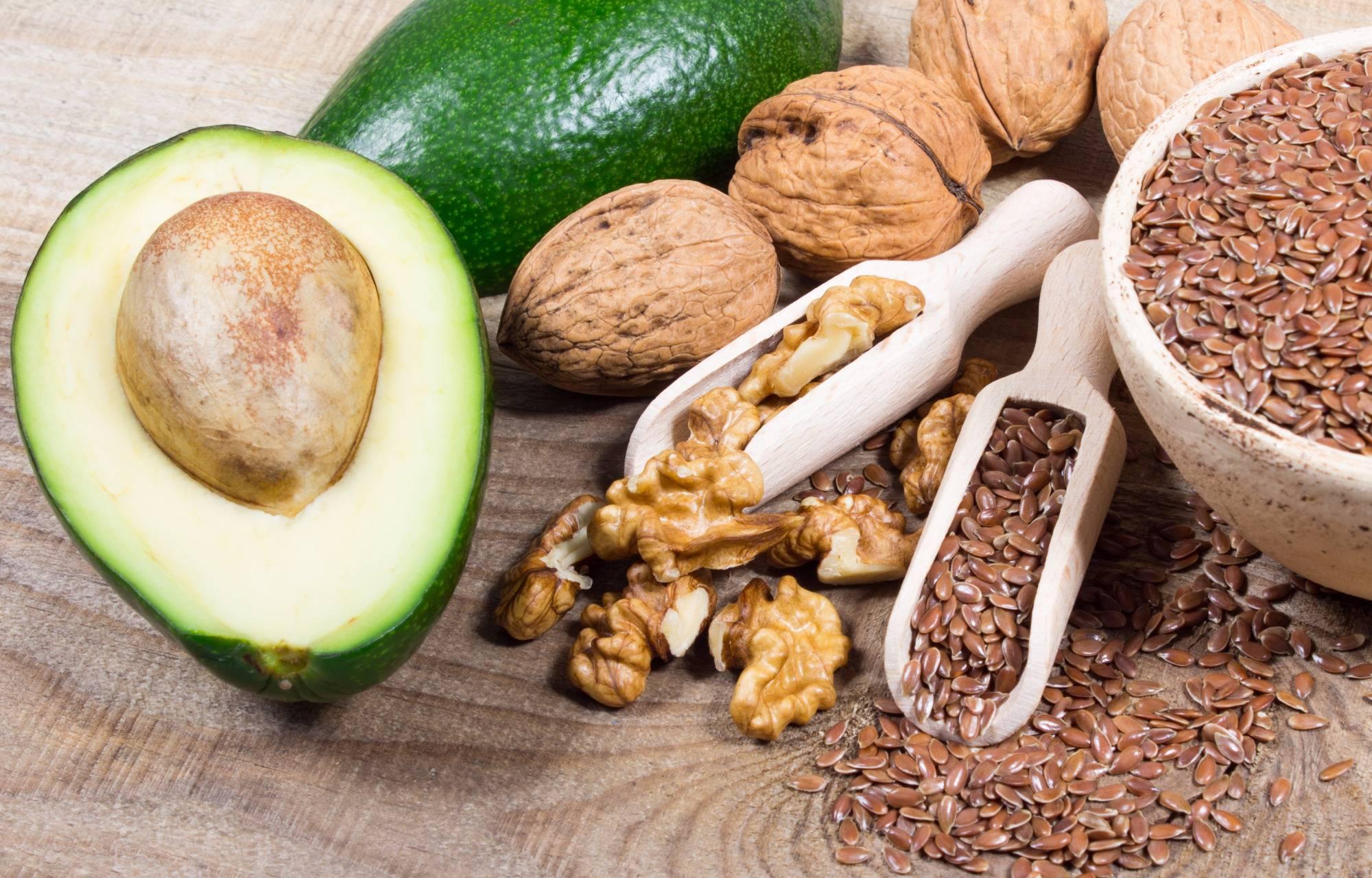 Влияние ежедневного употребления орехов на уровень холестерина