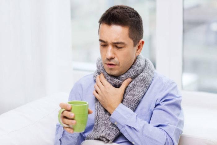 Когда болит горло можно грызть семечки