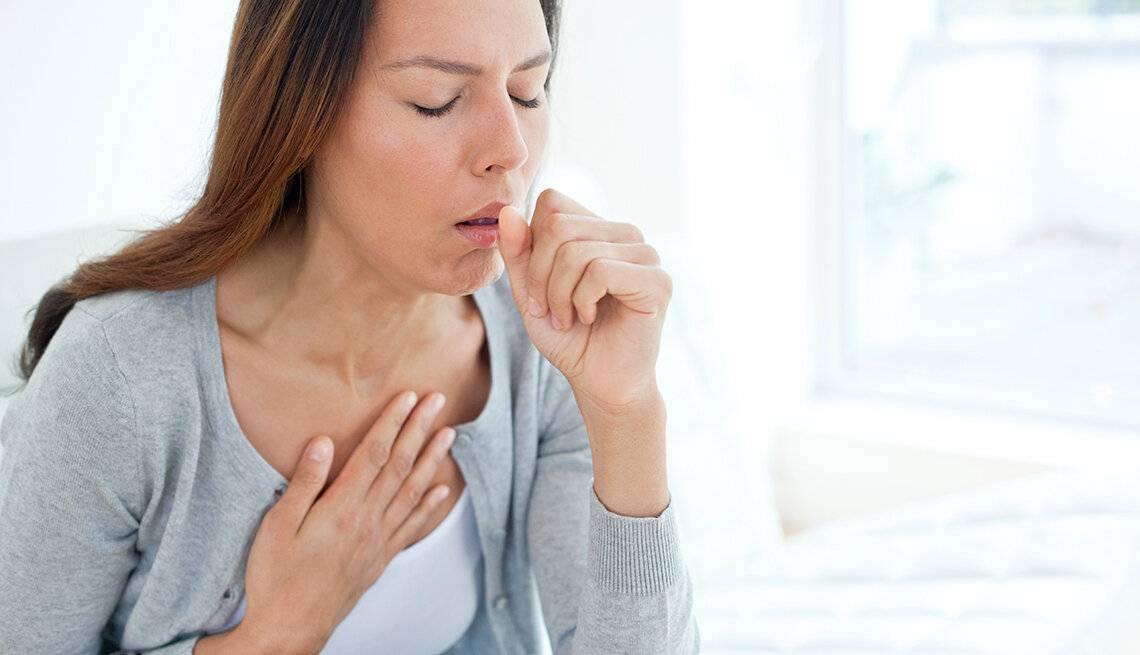 Во время приема пищи появляется кашель