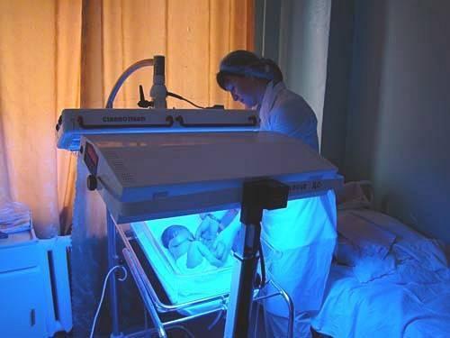 фотолампа для лечения желтухи у новорожденных прокат