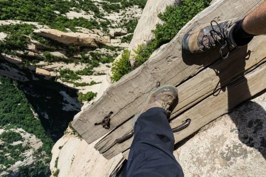 Как побороть страх высоты?