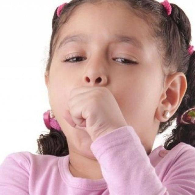 Причины кашля со свистом у детей и взрослых