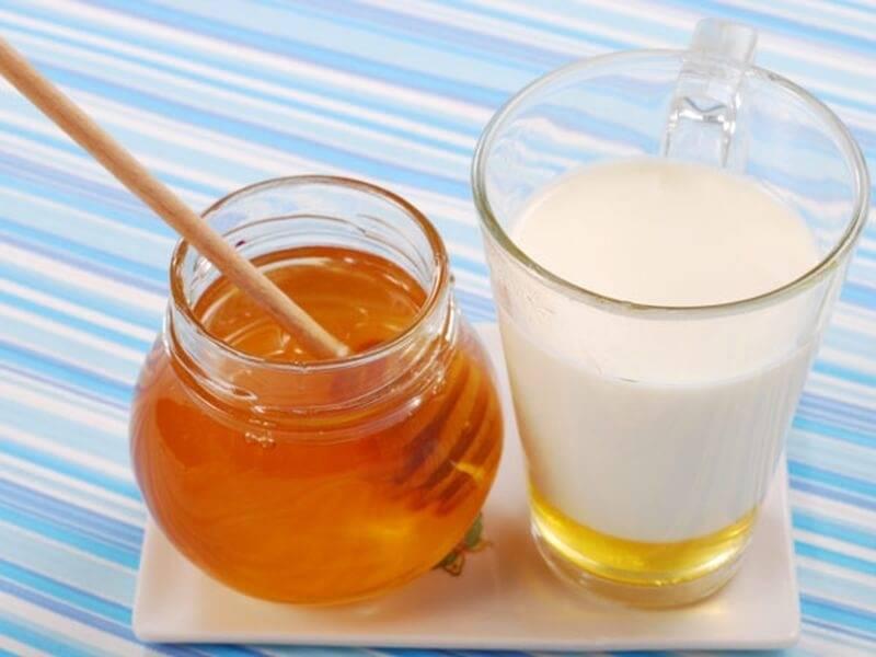 Молоко от кашля: рецепты с медом, маслом — как приготовить напиток от сухого хрипа и можно ли пить детям, чтобы лечить простуду — moloko-chr.ru