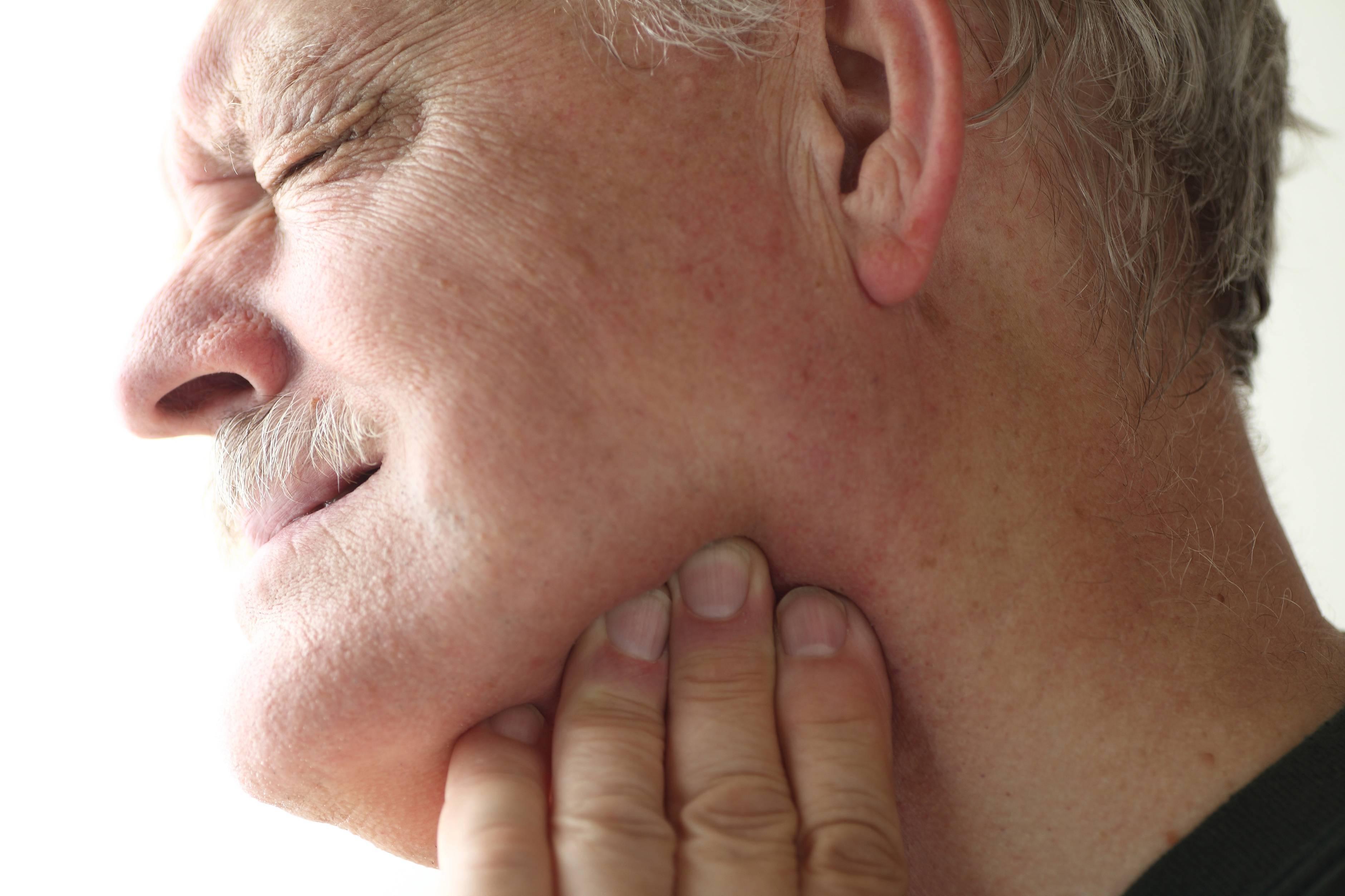 Немеет кончик носа: причины, лечение, что это может быть