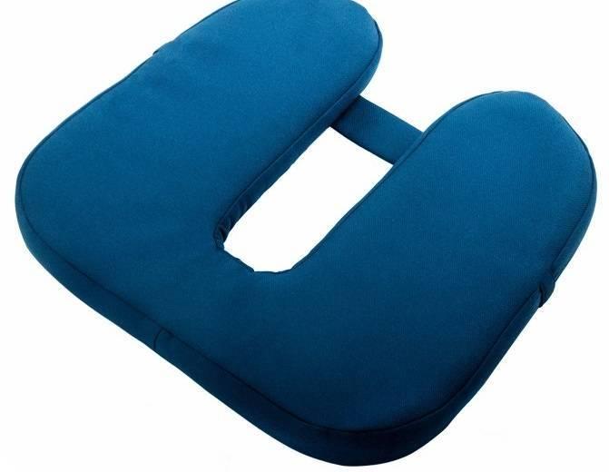 Помогает ли ортопедическая противогеморройная подушка