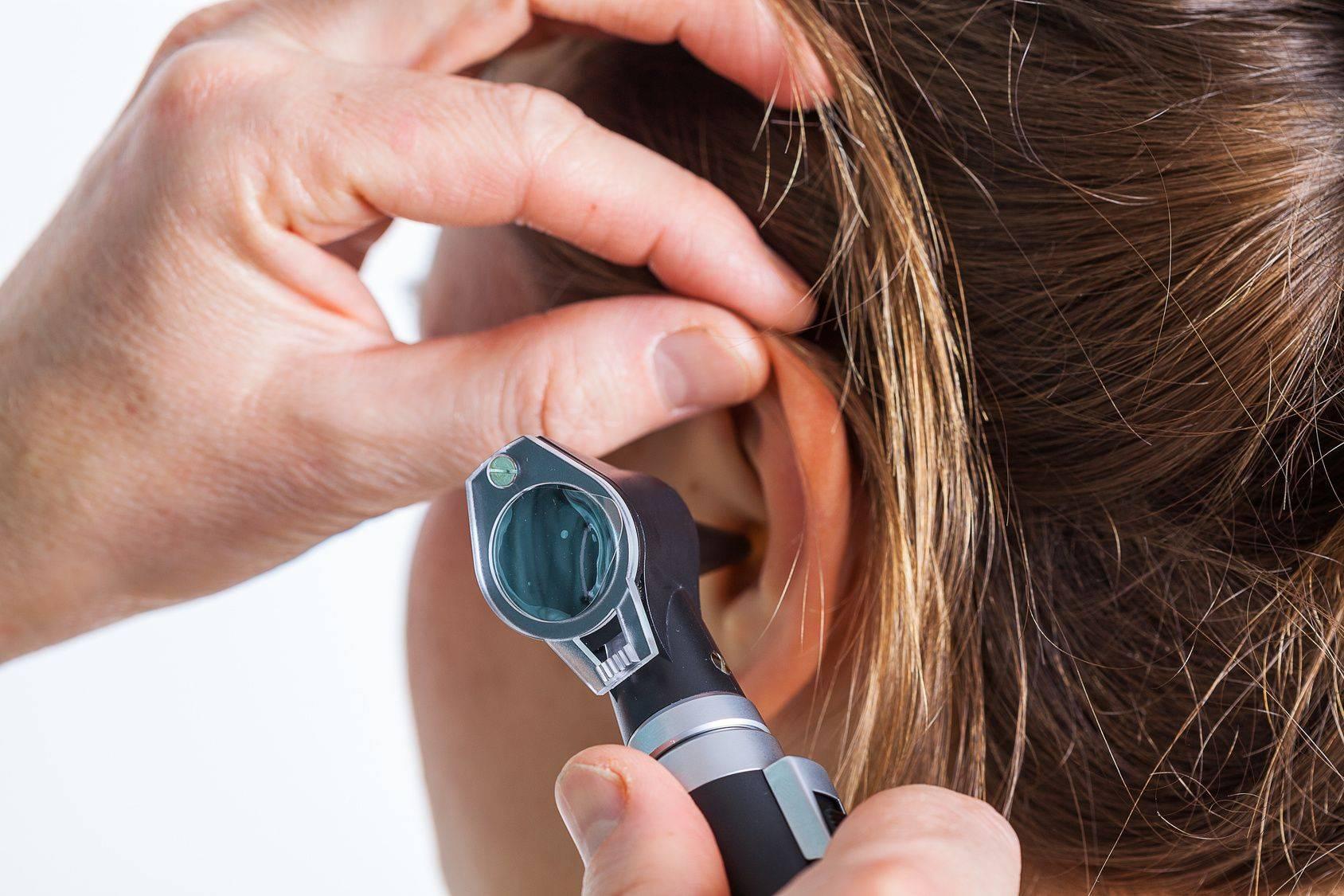 Глухота — причины и лечение