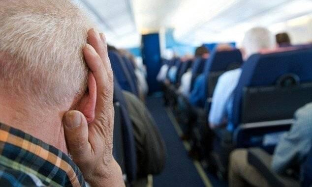 заложило уши в самолете