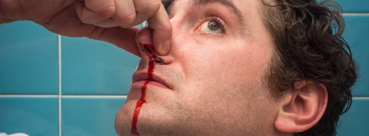 кровь из носа по ночам у взрослого