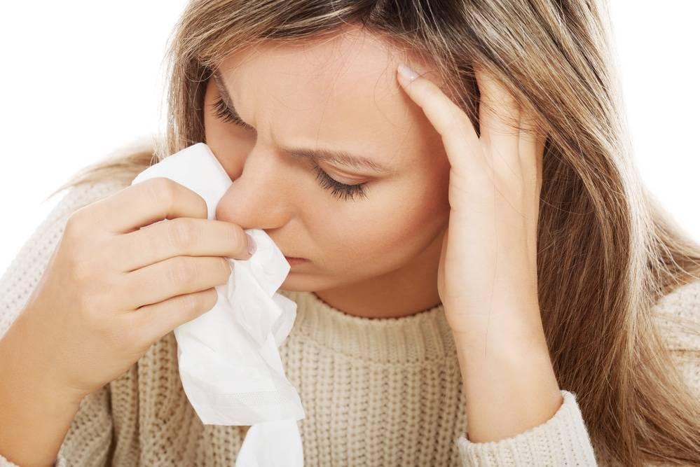Насморк вирусный чем лечить