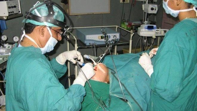 Удаление миндалин, тонзиллэктомия: операция, после и до