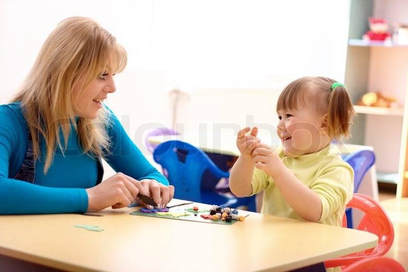 Применение модели саморегуляции и коммуникации для коррекции аутизма