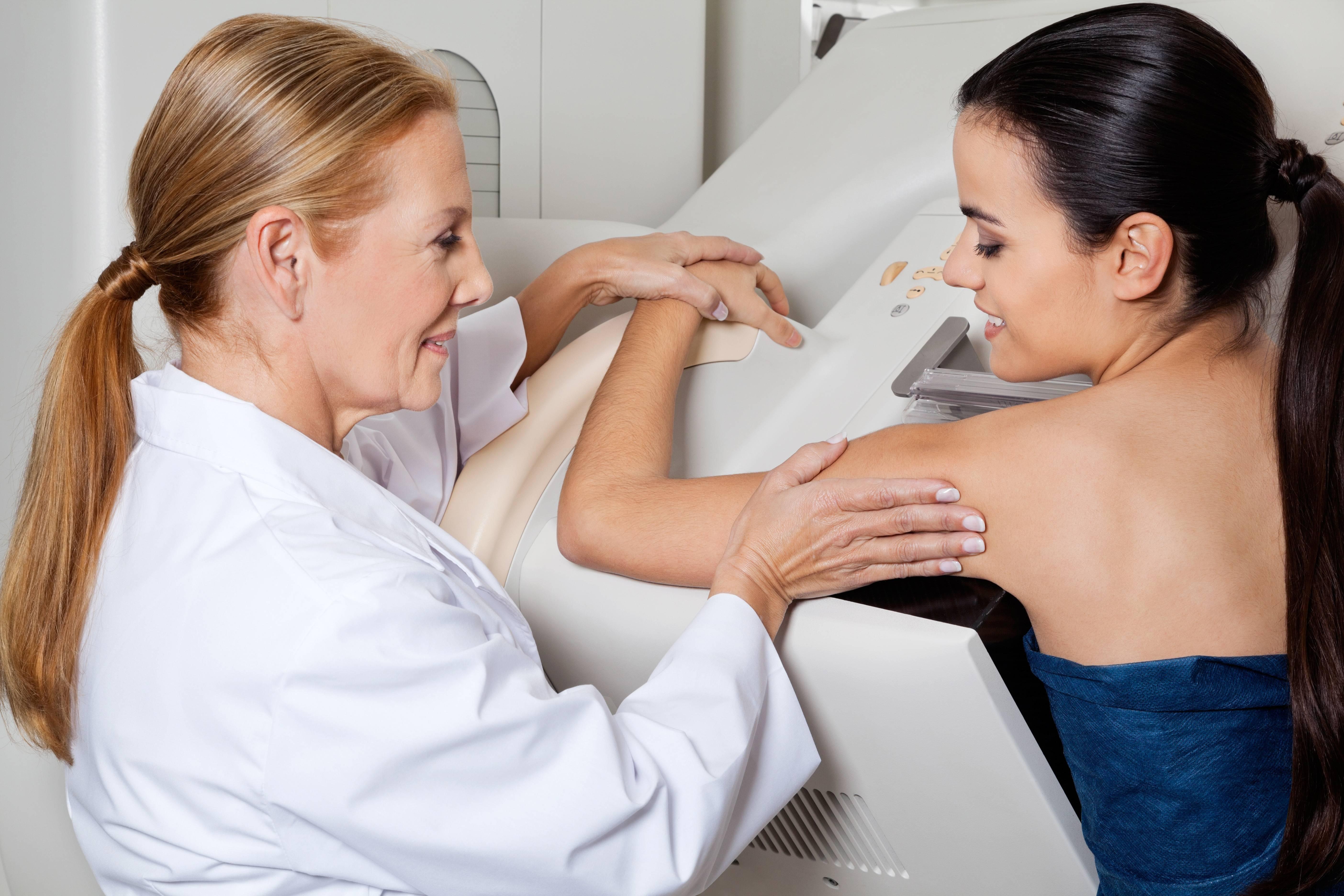 Какие заболевания лечит маммолог и при каких симптомах к нему обращаться
