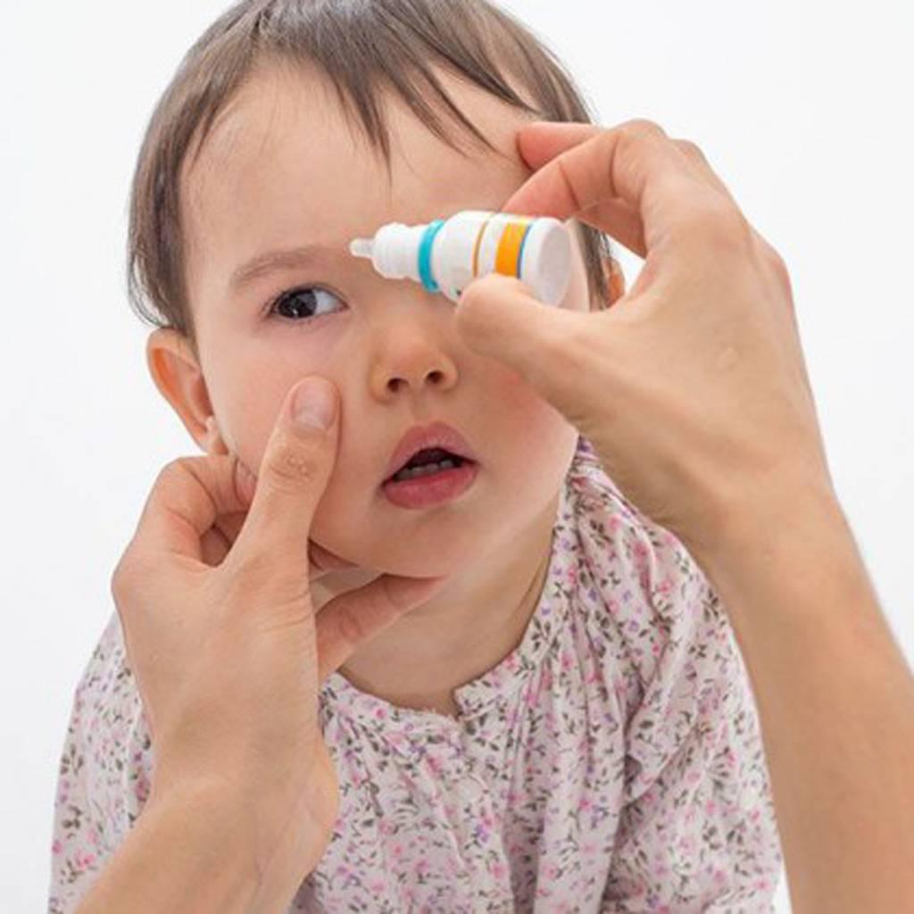 Промывание глаз при конъюнктивите у детей