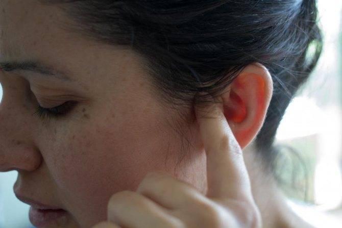 заложено ухо после отита