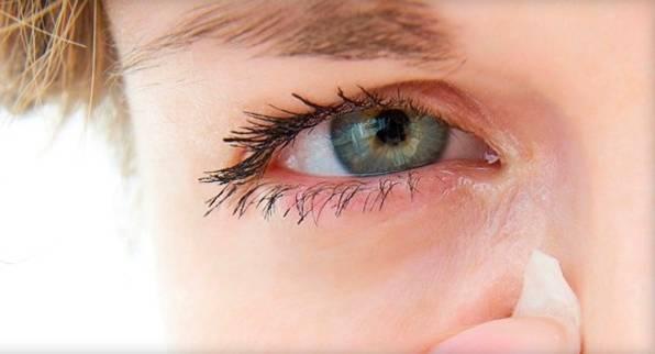 Почему болит глаз больно моргать