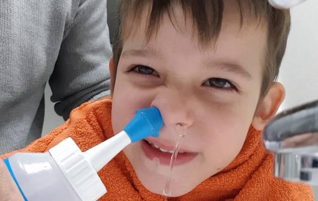 как промывать нос ребенку 2 лет