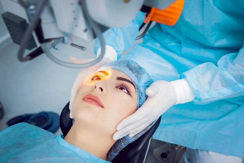 Что такое эксимерлазерная коррекция зрения?