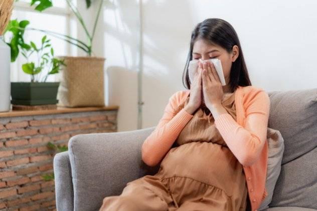 Какие ингаляции от насморка применяют во время беременности