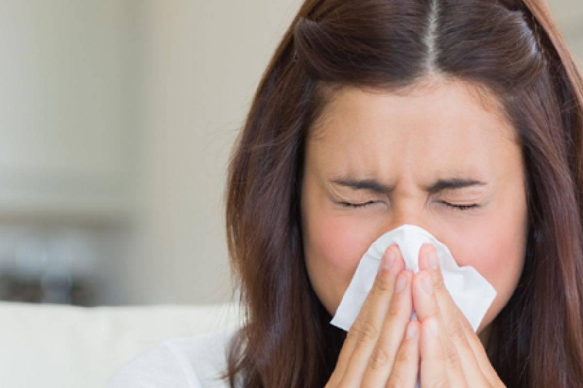 Методы лечения аллергического ринита народными средствами в домашних условиях: подборка эффективных рецептов для детей и взрослых