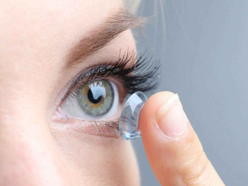 Линзы для детей: можно ли носить, почему нельзя, подбор детских контактных изделий для глаз, восстановление зрения ребенка оптикой