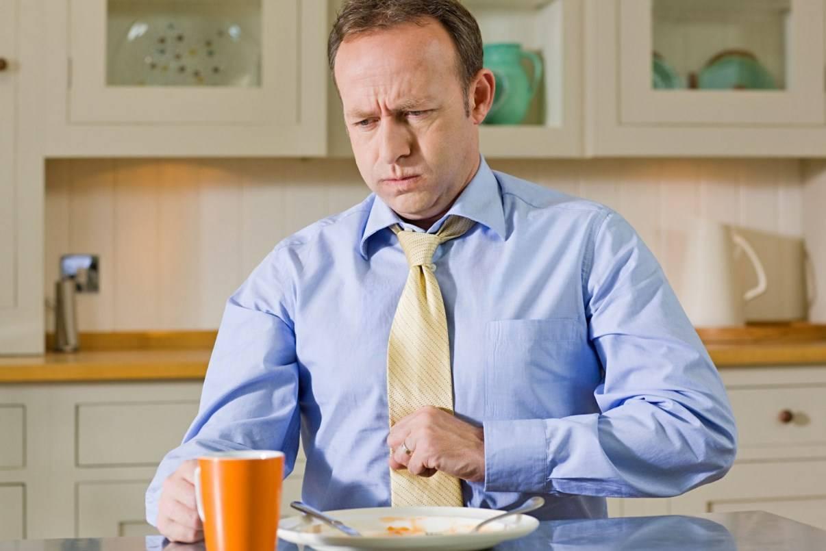 кашель при приеме пищи
