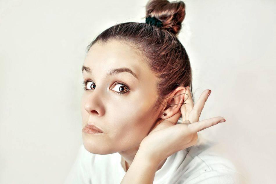 Почему горят уши и есть ли повод для беспокойства
