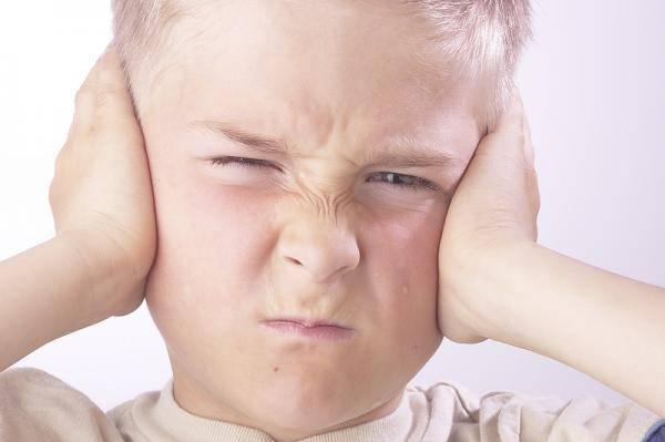 Аутизм - причины, симптомы и виды заболевания