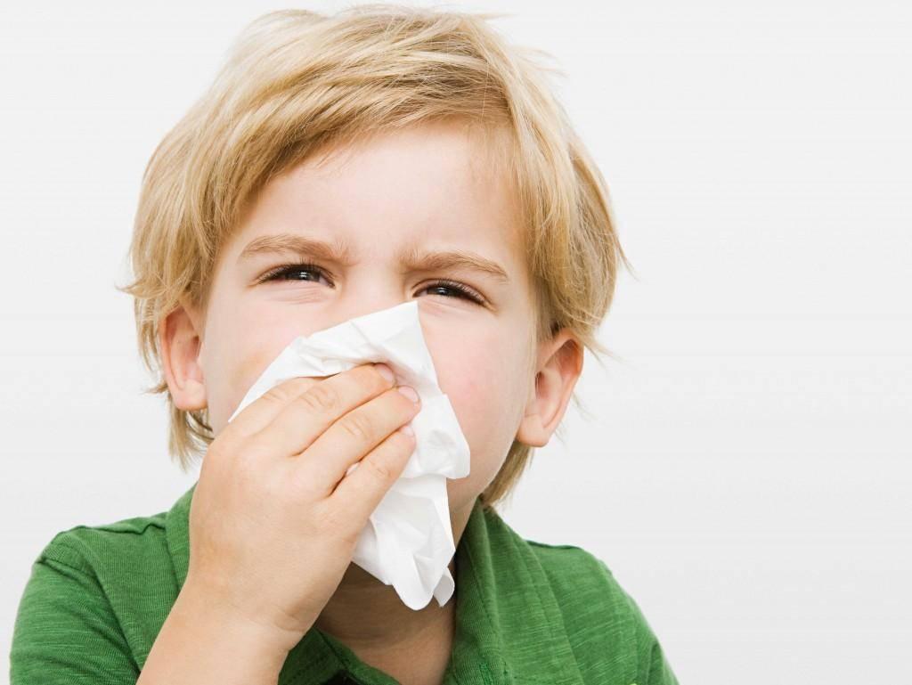 Доктор комаровский о зеленой носовой слизи у ребенка