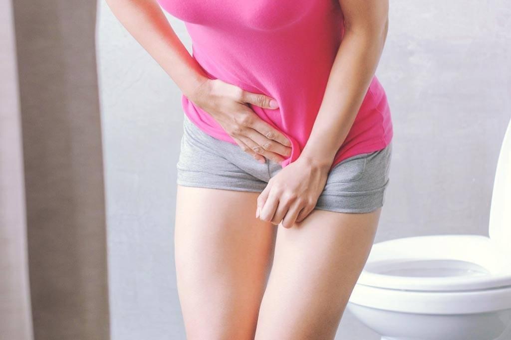 где болит при цистите у женщин