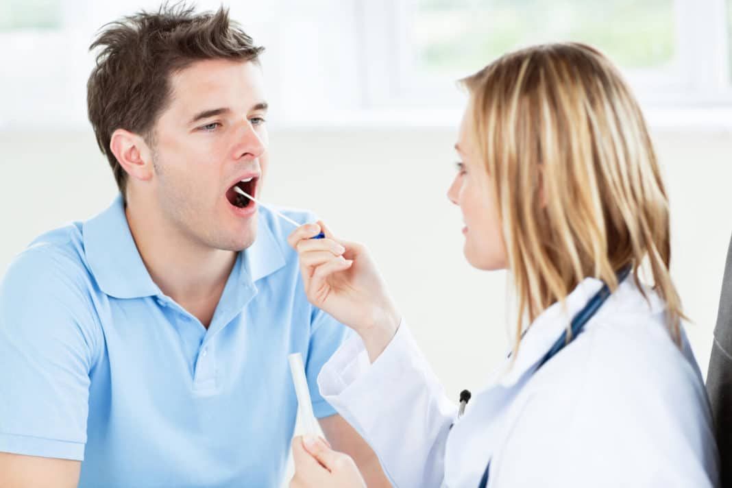 Мазок из зева на микрофлору и чувствительность к антибиотикам — подготовка, расшифровка