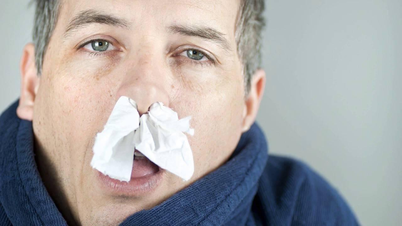 течение из носа лечение
